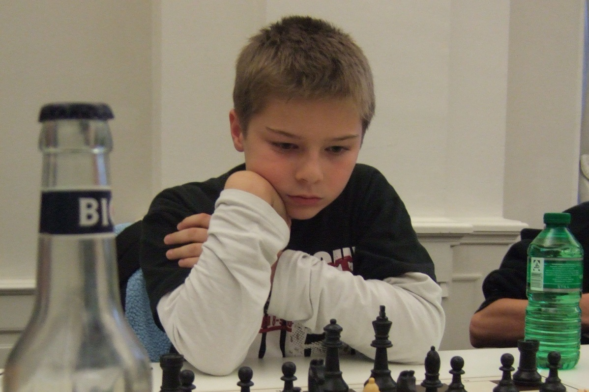 j4-12-david-toptschiev
